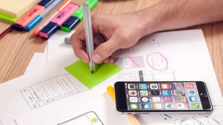 Emprendedor del mes: Construyendo marcas en un mundo digital